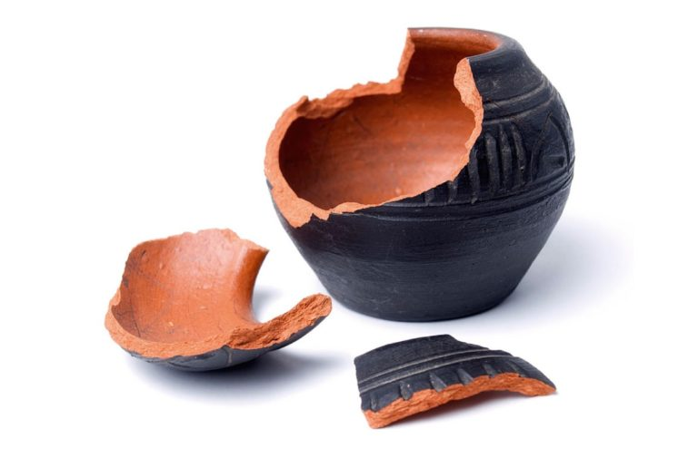 Vale la pena di aggiustare un vaso rotto ?